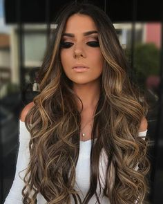 Pin by lourdes reyes on hair colors in 2019 balayage. Brown Hair Balayage, Brown Blonde Hair, Hair Color Balayage, Blonde Balayage, Brunette Hair, Hair Highlights, Dark Hair, Blonde Ombre, Celebrity Long Hair