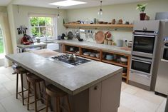 Overview of concrete worktops cast in situ natural grey no joins