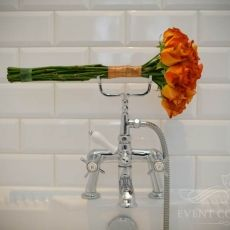 orange-roses-fancy-wedding-bouquet