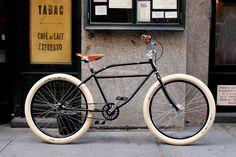 Que lindo es dar un paseo, en una rica bicicleta! <3
