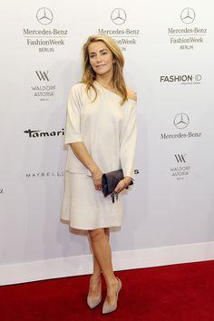 Kamilla Baar Waldorf Astoria, Mercedes Benz, White Dress, Dresses, Fashion, Vestidos, Moda, Fashion Styles, Dress
