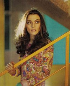 Rachel Weisz Vogue UK January 2010 British actress Rachel Weisz take a fresh start on the cover page of fashion magazine Vogue UK for the m. Rachel Weisz, Vogue Uk, British Actresses, Celebs, Celebrities, Hair Dos, Celebrity Pictures, World Of Fashion, My Girl