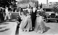 Bridesmaids and best man at a wedding in Chavez Ravine, 1929. Courtesy of the Shades of L.A. Collection, Los Angeles Public Library.