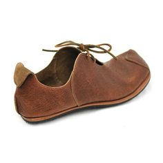 Made-To-Order Men's Cydwoq Shoe *Slight color variations possible--call for leather-related inquiries. Handmade Leather Shoes, Leather Sandals, Westbrook Shoes, Homemade Shoes, Huarache, Monk Strap Shoes, Shoe Pattern, Unique Shoes, How To Make Shoes