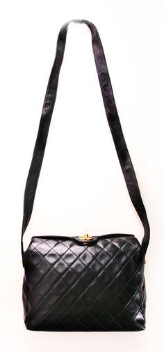 a5ca4cd8e8 Chanel Shoulder Bag. Pink Handbags, Best Handbags, Chanel Handbags, Chanel  Bags,
