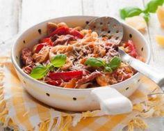 Gratin de légumes à l'emmental léger : http://www.fourchette-et-bikini.fr/recettes/recettes-minceur/gratin-de-legumes-a-lemmental-leger.html