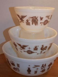 Pyrex Early American Mixing Bowls 401 402 403 Set of three #Pyrex
