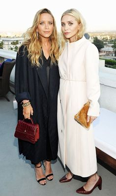 Designer Mary-Kate Olsen and designer Ashley Olsen attend Elizabeth and James Flagship Store Opening Celebration with InStyle at Chateau Marmont on July 2016 in Los Angeles, California. Get premium, high resolution news photos at Getty Images Mary Kate Ashley, Daily Fashion, Look Fashion, Womens Fashion, Fashion Trends, Female Fashion, Petite Fashion, Fashion Bloggers, Fashion Ideas