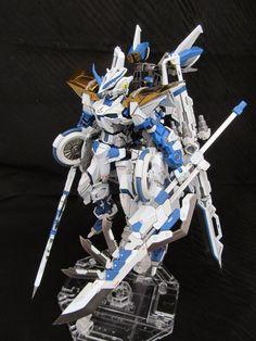 : MG 1/100 Gundam Astray Blue Frame - Customized Build