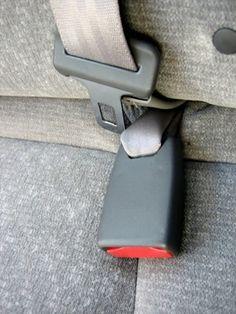 Cómo limpiar el moho del tapizado del coche | eHow en Español