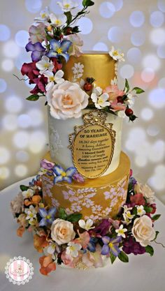 Golden Wedding Anniversary by Sweet Surprizes  - http://cakesdecor.com/cakes/246185-golden-wedding-anniversary