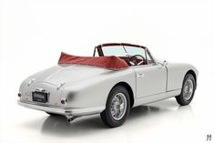37 new ideas for classic cars for sale aston martin Disney Cars Party, Disney Cars Birthday, Car Party, Vintage Car Nursery, Rich Cars, Mustang Wheels, Racing Car Design, Car For Teens, Beetle Convertible