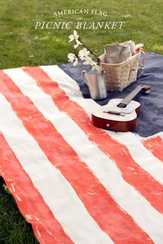 Make an American flag picnic blanket. 4th of July Picnic.
