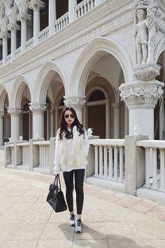 STELLA L. - CNY New Balance, Monochrome, Coat, Jackets, Style, Fashion, Down Jackets, Moda, Sewing Coat