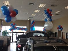 RWB Subaru - Balloon Man LLC #ballooncreations  #balloondesigns Reinforce your business' name brand recognition