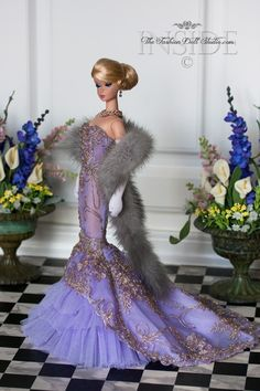 """Oscar Night Glamour"" Silkstone Barbie dress designed by T. Fashions, the fur by Dimitha. Source by dresses glamour Barbie Gowns, Barbie Dress, Dress Up, Dress Night, Vintage Barbie Clothes, Doll Clothes, Glamour, Barbie Und Ken, Color Lavanda"