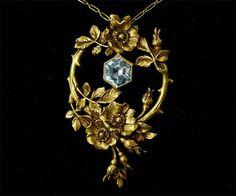 Art Nouveau pendant Gold and aquamarine