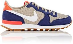 Nike Women's Internationalist Sneakers-NAVY