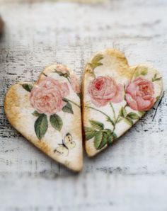 Salt dough hearts with pink roses ~ decoupage! Salt Dough Projects, Salt Dough Crafts, Clay Projects, Clay Crafts, Arts And Crafts, I Love Heart, Happy Heart, Crazy Heart, Napkin Decoupage