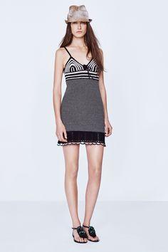 Vanessa Bruno | Spring 2016 Ready-to-Wear | 07 Monochrome patterned strappy mini dress