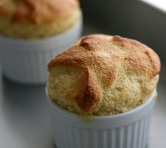 20 Real Food 2 Ingredient Recipes - Natural New Age MumMaple Souffle. 20 Real Food 2 Ingredient Recipes - Natural New Age Mum Dessert Simple, Sweet Recipes, Real Food Recipes, Cooking Recipes, Easy Desserts, Dessert Recipes, 2 Ingredient Recipes, Souffle Recipes, Love Food