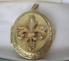 Vintage Gold Tone Fleur De Lis Locket Pendant by VintagObsessions