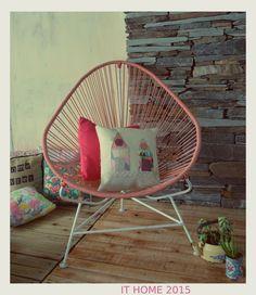 """Las Sillas Acapulco le dan """"eso"""" a tu hogar, que lo hace tu lugar en el mundo. Podes encargarlas en el color que gustes! Te esperamos en It Home"""
