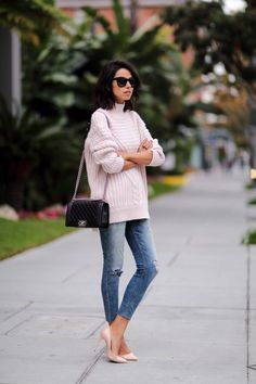 loose sweater with jeans