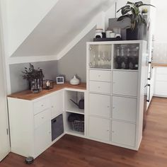 Yes the good old Kallax … under the stairs we wanted to first … - Home Decor Ikea Kallax Bookshelf, Ikea Kallax Hack, Ikea Furniture Hacks, Ikea Hacks, Bookshelves Built In, Cheap Bathrooms, Under Stairs, Small Storage, Storage Room