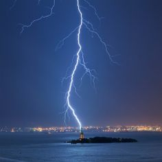 Great photo of the Statue of Liberty by Jay Fine