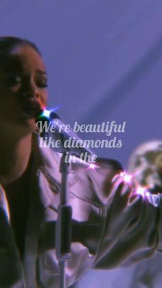 Rihanna Music Videos, Rihanna Song, Rihanna Concert, Mode Rihanna, Sia Music, Music Video Song, Song Playlist, Good Vibe Songs, Mood Songs
