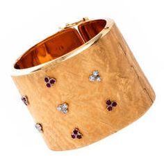 Retro Ruby Diamond Textured Gold Cuff Bangle