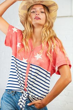 Coral Stars and Stripes Button Down Knotted Top Rose Boutique, Ladies Boutique, Grace And Co, Girls Wear, Top Knot, Plus Size Women, Looks Great, Girl Outfits, Coral