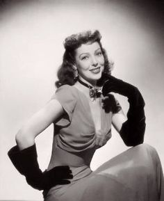 Loretta Young (January 1913 – August was an American actress. Starting as a child actress, she had a long and varied career in film from 1917 to Old Hollywood Glamour, Classic Hollywood, In Hollywood, Hollywood Actresses, Adrienne Ames, Judy Lewis, Nostalgia, Loretta Young, Next Film