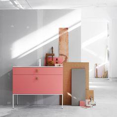 swoon:  side series of bathroom furniture