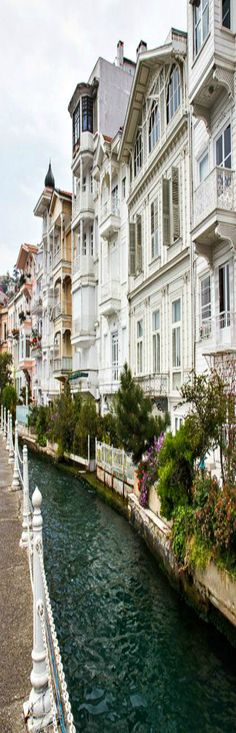 Historical mansions in İstanbul.