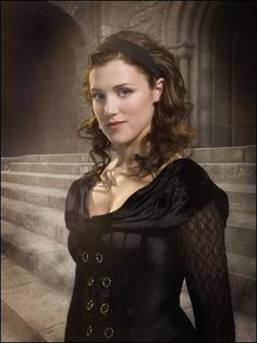 Lucy Griffiths from BBC's Robin Hood << That show just wasn't the same after she left :(