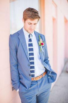 Blauw trouwpak voor de bruidegom | ThePerfectWedding.nl