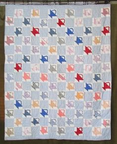 Lovely-Antique-c1920-Baskets-QUILT-Blue-White-Cottage-Farmhouse-Sweet - Vintage Blessings