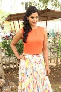 Bindu madhavi latest pics