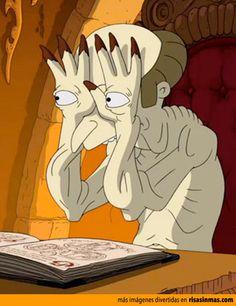 El señor Burns es el monstruo de ojos en las manos en el capítulo homenaje a Halloween de Los Simpson.