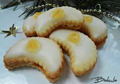 Moje vánoční cukroví Christmas Sweets, Christmas Baking, Christmas Cookies, Christmas Recipes, My Dessert, Dessert Recipes, Desserts, Czech Recipes, Ethnic Recipes
