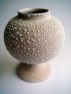 Tamsin Van Essen  #ceramics #pottery