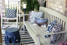 Vintage Furniture Front Porch Revamp- How to Spray Paint Outdoor Furniture - I freshened up my front porch with a fresh coat of pretty spray paint and beautiful pillows and accent rug. It's so easy to create a pretty porch with just a li… Front Porch Furniture, Painted Outdoor Furniture, Modern Outdoor Furniture, Outdoor Paint, Vintage Furniture, Outdoor Seating, Outdoor Spaces, Outdoor Chairs, Outdoor Living