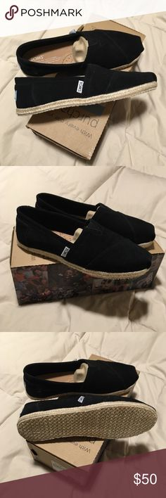 TOMS classics in black suede TOMS 100% authentic in black suede kinda espadrille style. Brand new never worn and shoe box included!   🚫 No trades or Paypal ✅ Bundles are welcome  📦 Fast shipping 💰 Make me an offer below TOMS Shoes Espadrilles