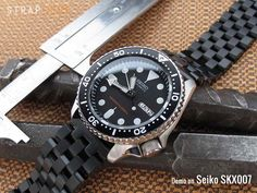 22mm Solid 316L Stainless Steel Endmill Metal Watch Bracelet, Straight End, PVD Black[SS221818BBK033S] demo on Seiko SKX007 Submariner Clasp, PVD Black Endmill brushed solid 316L stainless steel w…