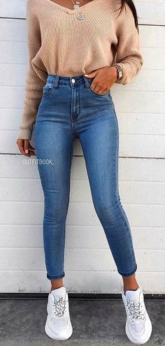 teenager outfits for school * teenager outfits . teenager outfits for school . teenager outfits for school cute Outfits Blue Jeans, Basic Outfits, Teen Fashion Outfits, Mode Outfits, Sporty Fashion, Fashion Ideas, Women's Fashion, Sporty Chic, Spring Fashion