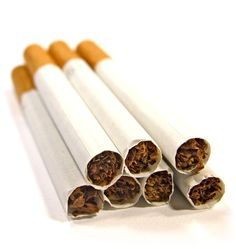 """Desafio do Cigarro Ana Carolina é uma grande fumante, no entanto decidiu parar de fumar. """"Acabarei com os vinte e sete cigarros que sobraram!"""", e ainda afirmou: """"Jamais voltarei a fumar"""". Era costume da Ana Carolina fumar exatamente dois terços de cada cigarro. Não tardou muito em descobrir que com a ajuda de uma fita adesiva poderia juntar três tocos de cigarros e fazer outro cigarro. Com 27 cigarros, quantos pode fumar antes de abandonar o fumo para sempre?"""
