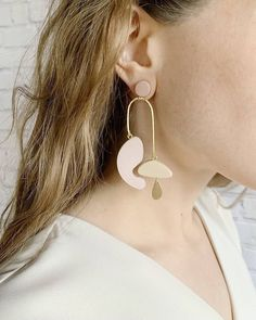 The Calder Drop Earrings Diy Jewelry Rings, Cute Jewelry, Jewelery, Jewelry Making, Geek Jewelry, Gothic Jewelry, Jewelry Art, Jewelry Bracelets, Tiny Earrings