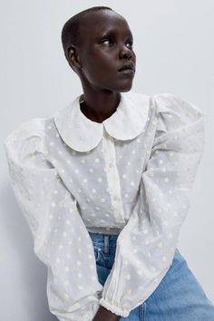 Pick out the perfect blouse for every moment, from the latest collection at ZARA online. Peter Pan Collar Blouse, Fashion Outfits, Womens Fashion, Fashion Trends, Fashion Details, Fashion Design, Polka Dot Blouse, Polka Dots, Collar Shirts